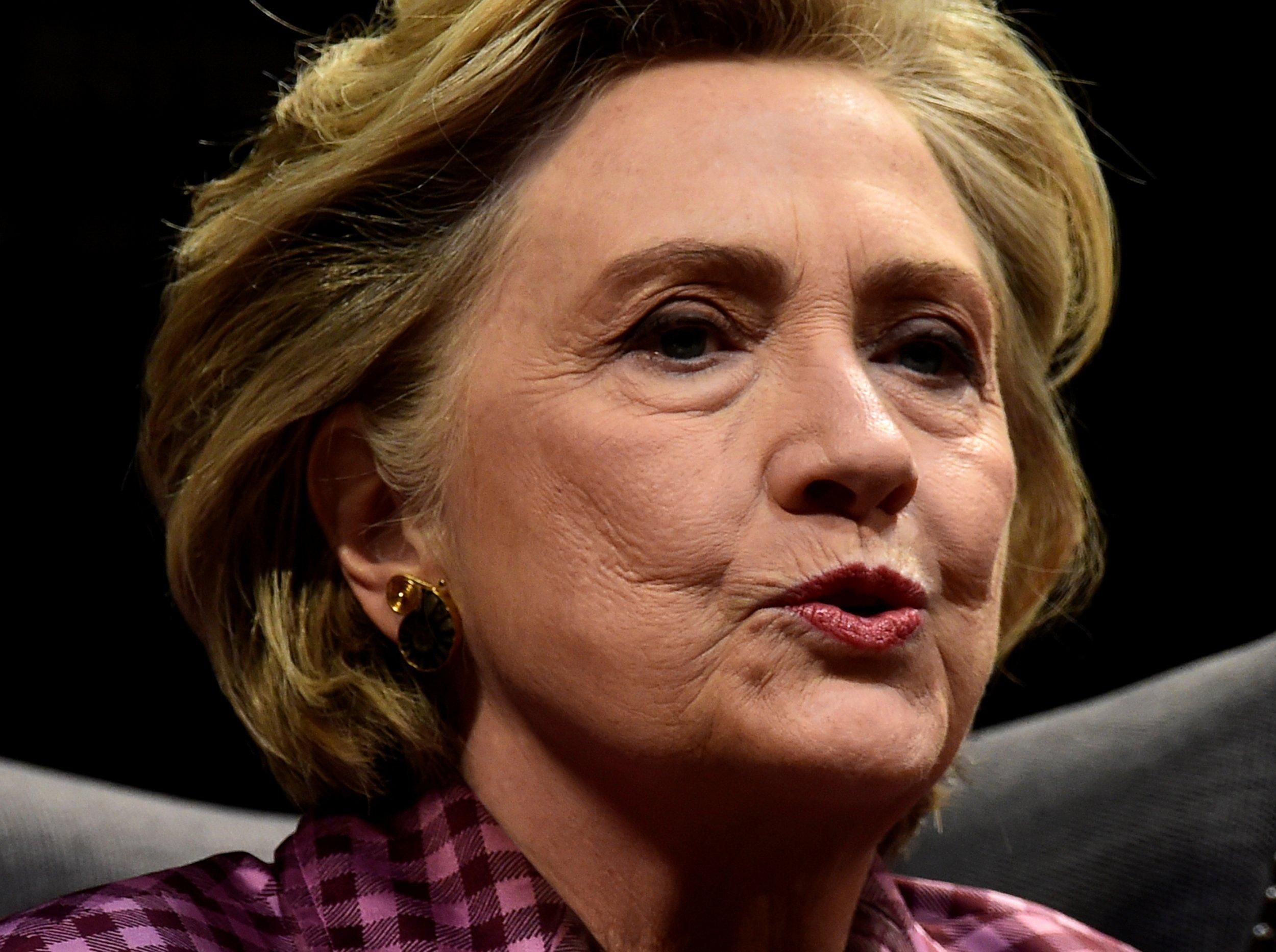 10_23_Hillary