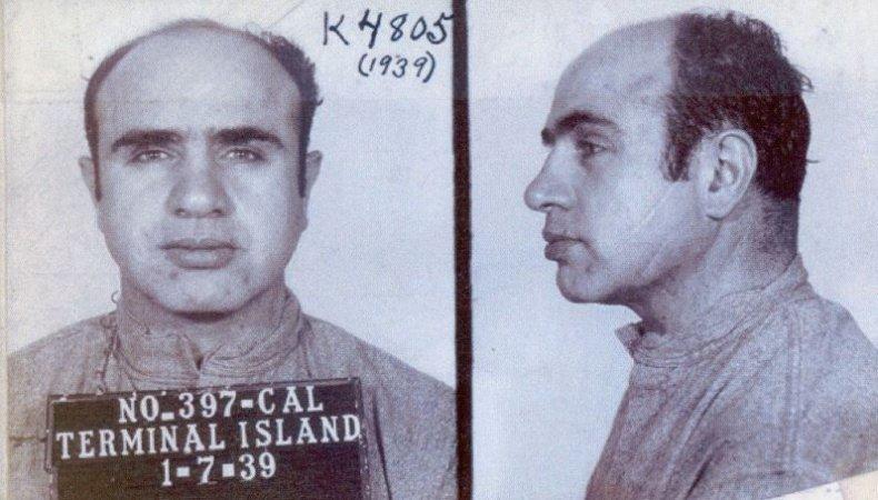10_23_Al_Capone_Gang