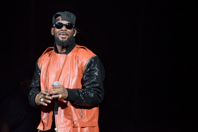 A Timeline of the Many Sexual Misconduct Accusations Against R. Kelly