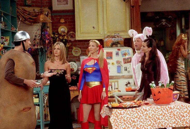 10-25-friends-HalloweenParty