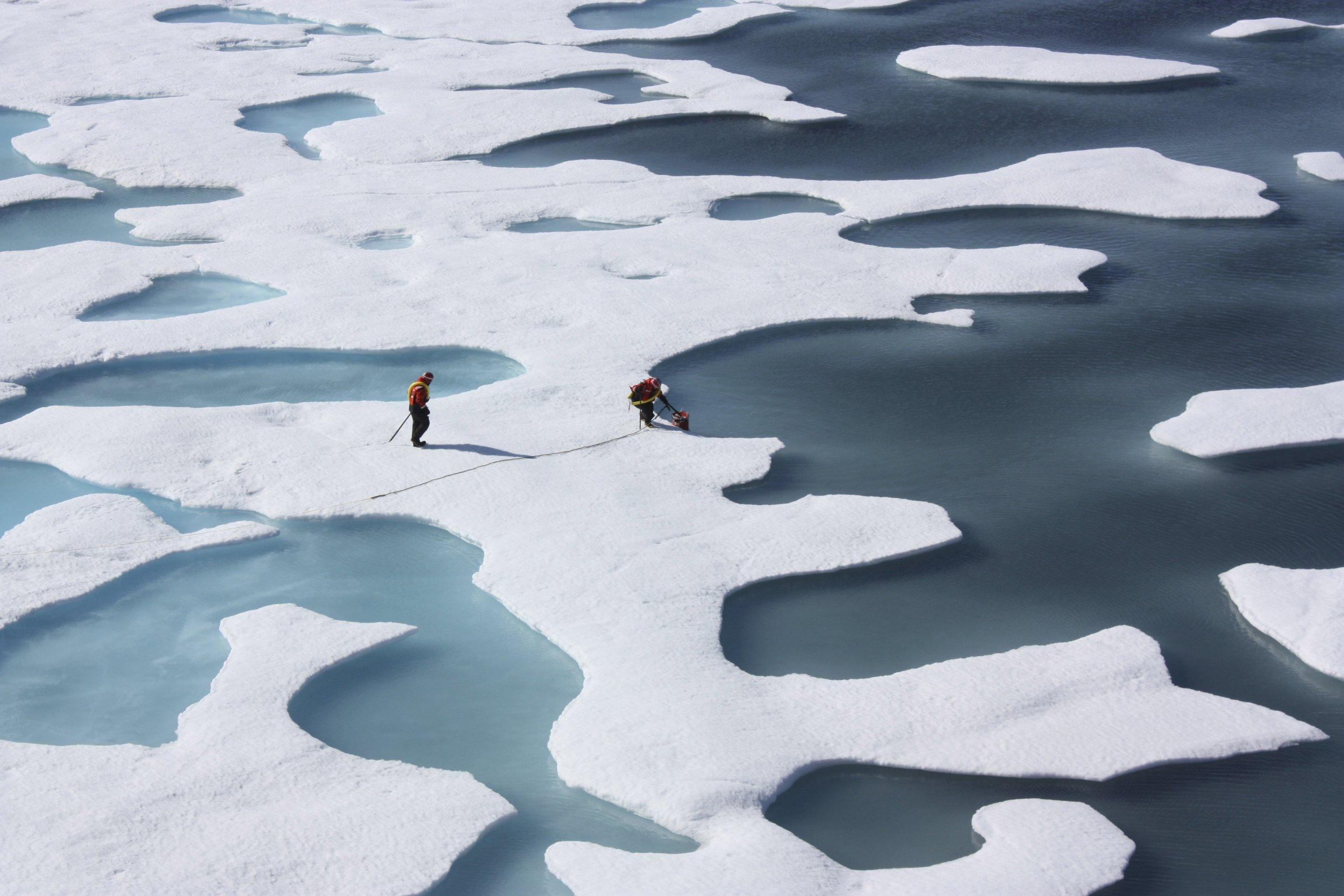 10_27_Arctic ice
