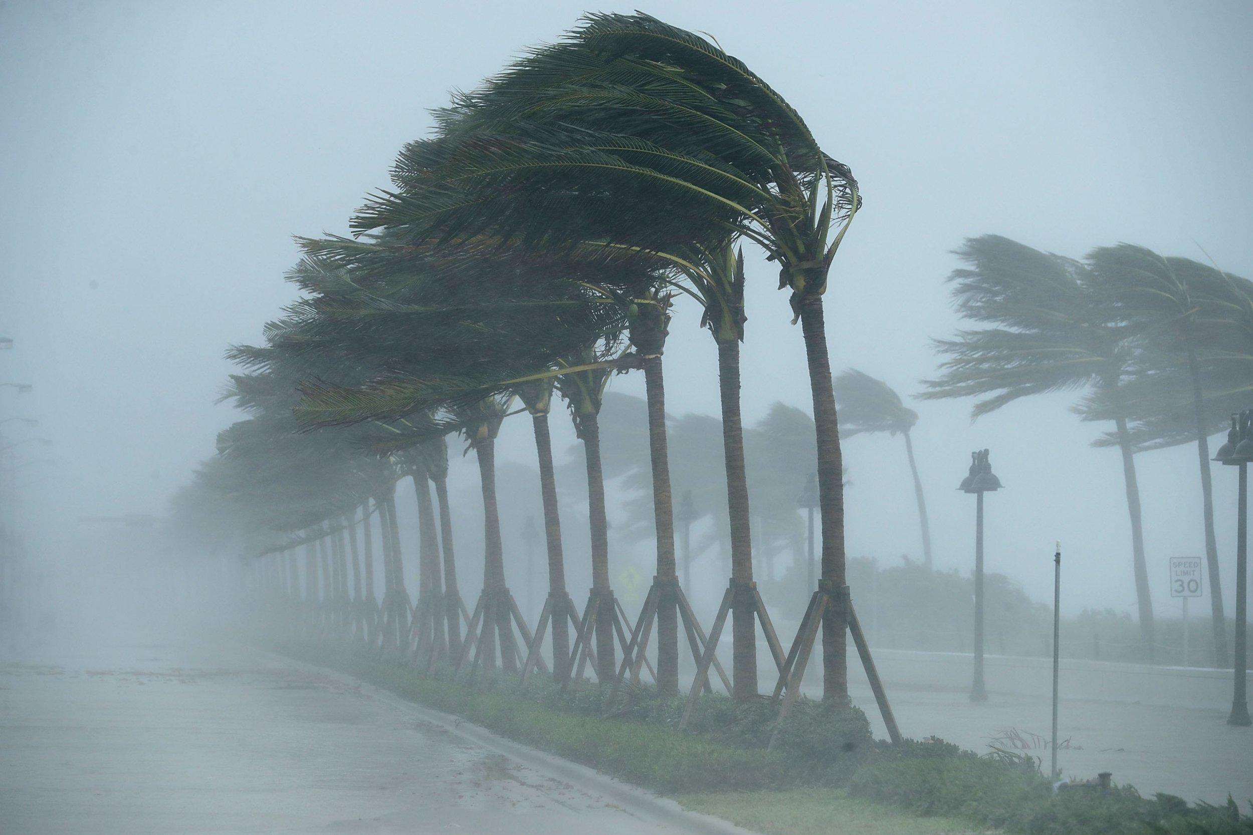 10_28_Florida_Cyclone