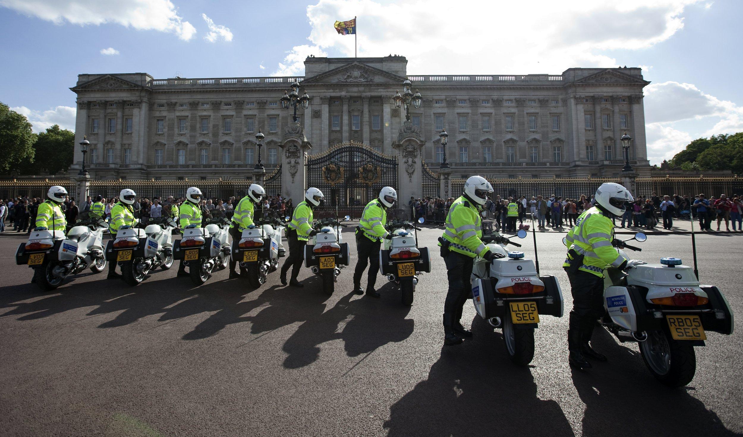 10_30_Buckingham_Palace