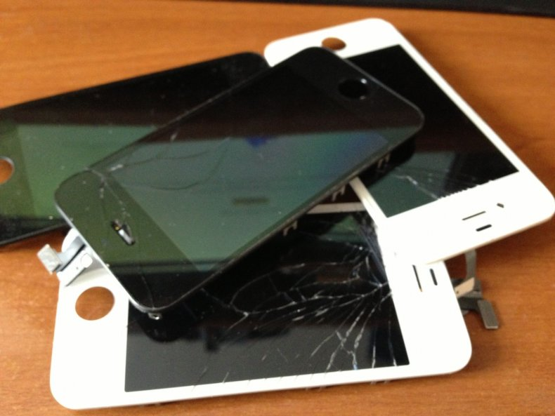 broken iphone screen graphene unbreakable