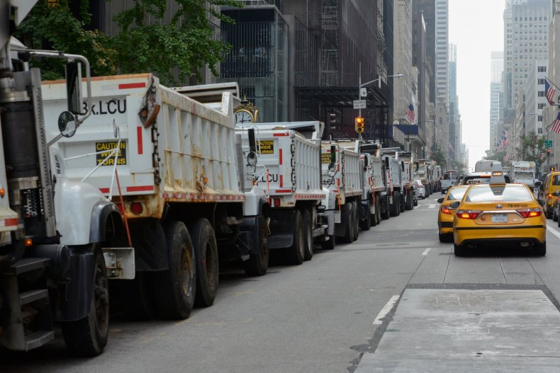 11_1_Sand_Truck_Security_NYPD