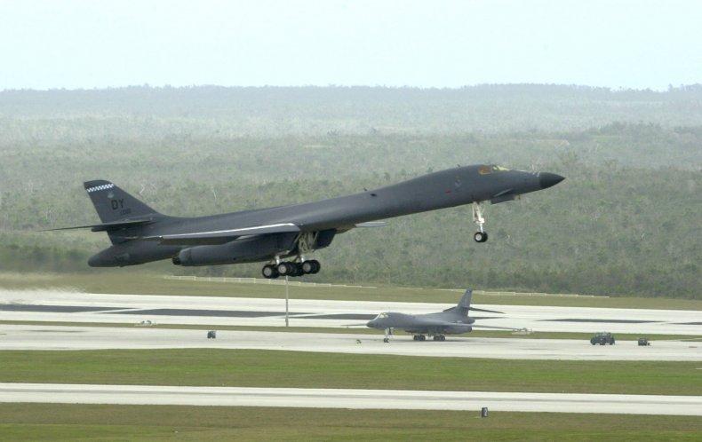 11_02_US_bomber