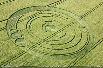 Lucy_Pringle_Aerial_Shot_of_Pi_Crop_Circle_-_panoramio