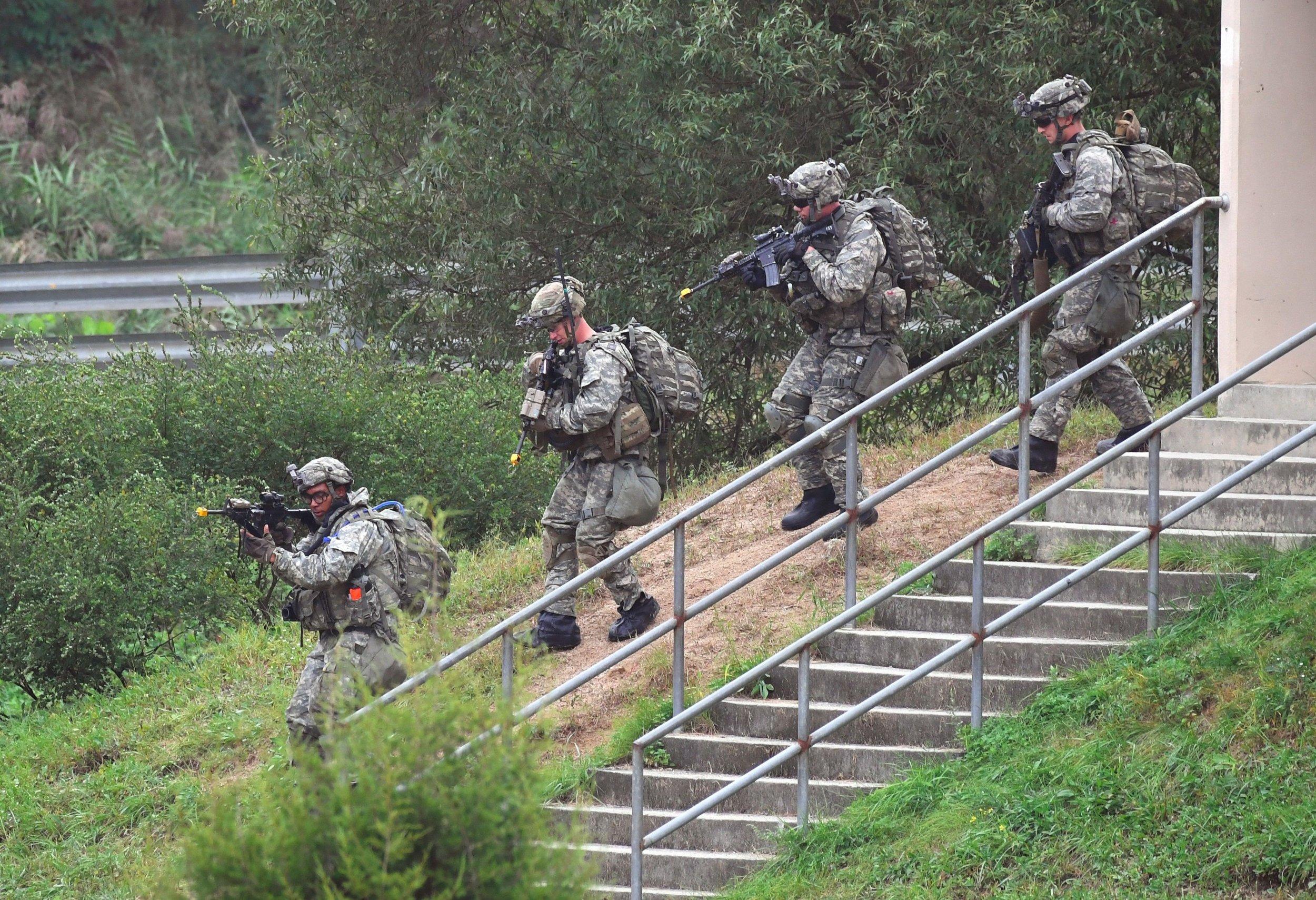 11_03_North_Korea_war_ground_invasion