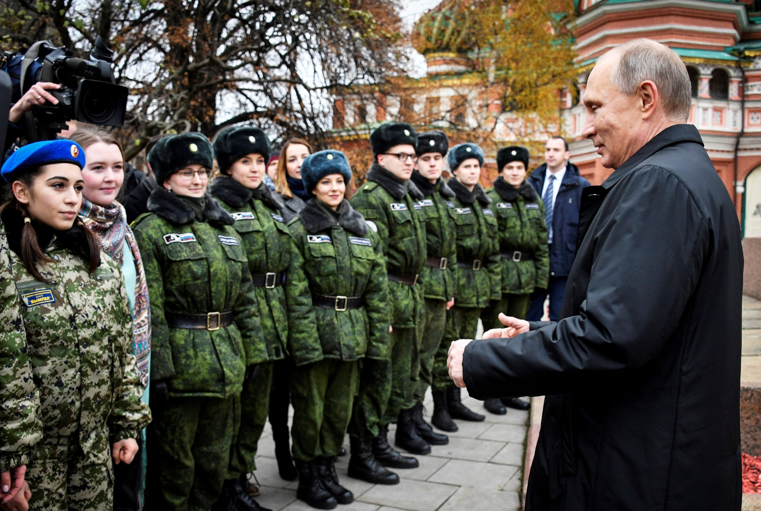 11_06_Putin_youth