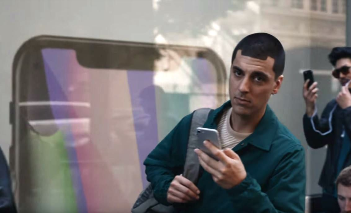 apple iphone x notch samsung ad