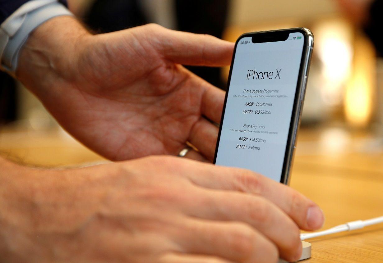 apple iphone x notch haircut samsung ad