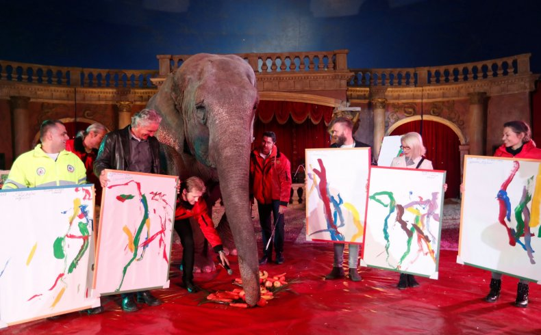 Sanra_Elephant_paintings