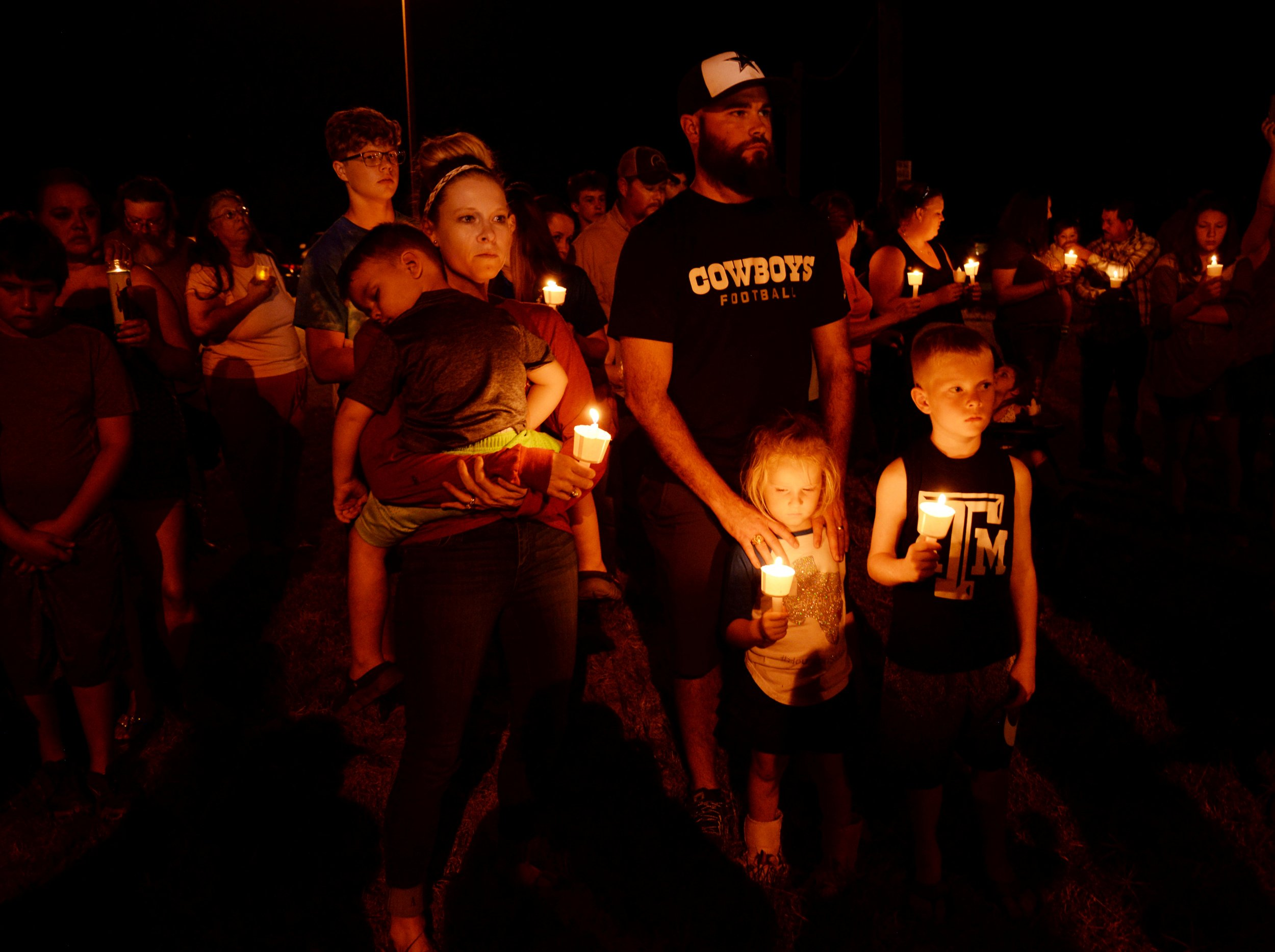I was in the military and support gun rights, but semi-automatic weapons should be banned | Opinion