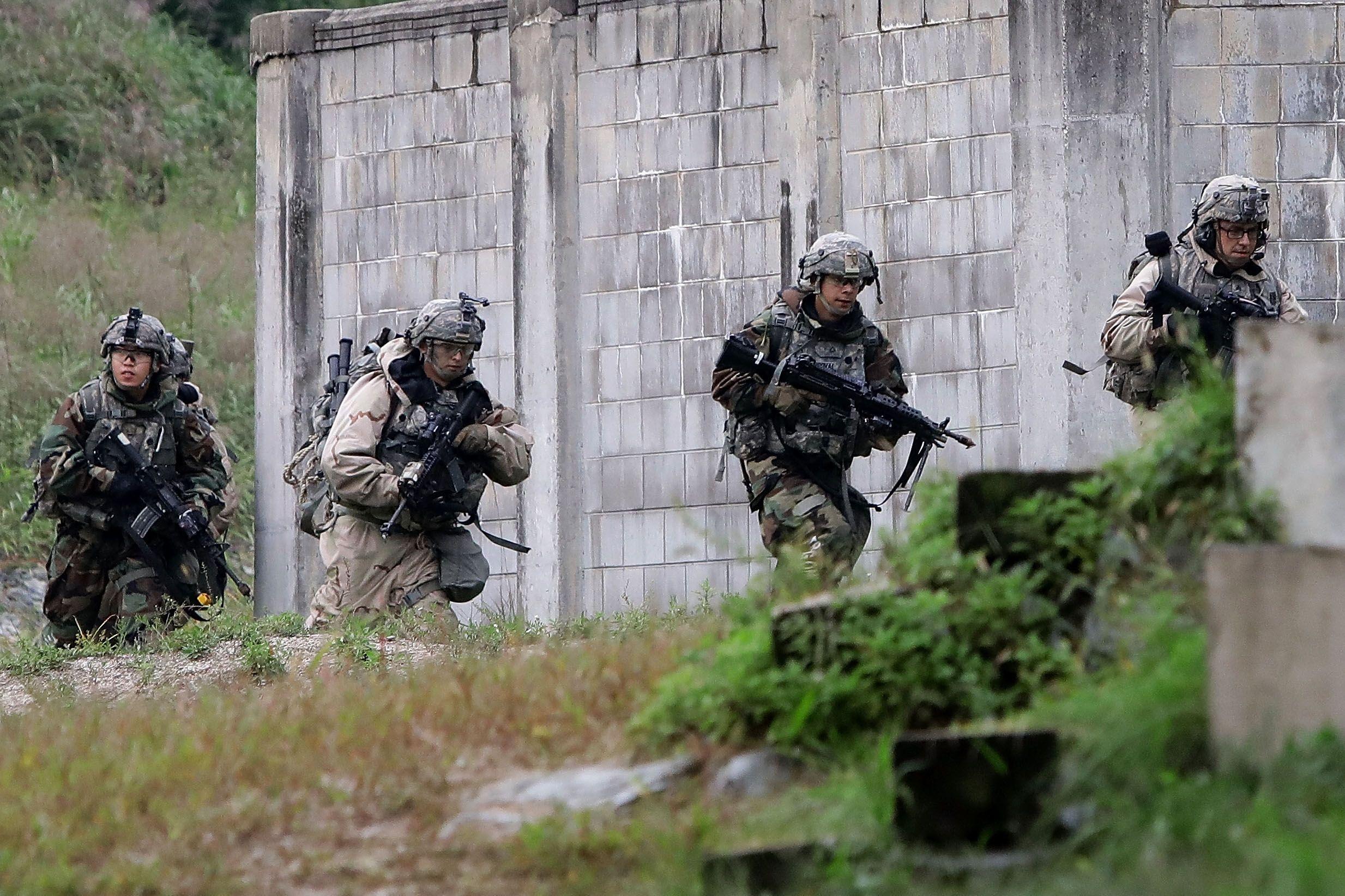 11_06_ground_invasion_North_Korea