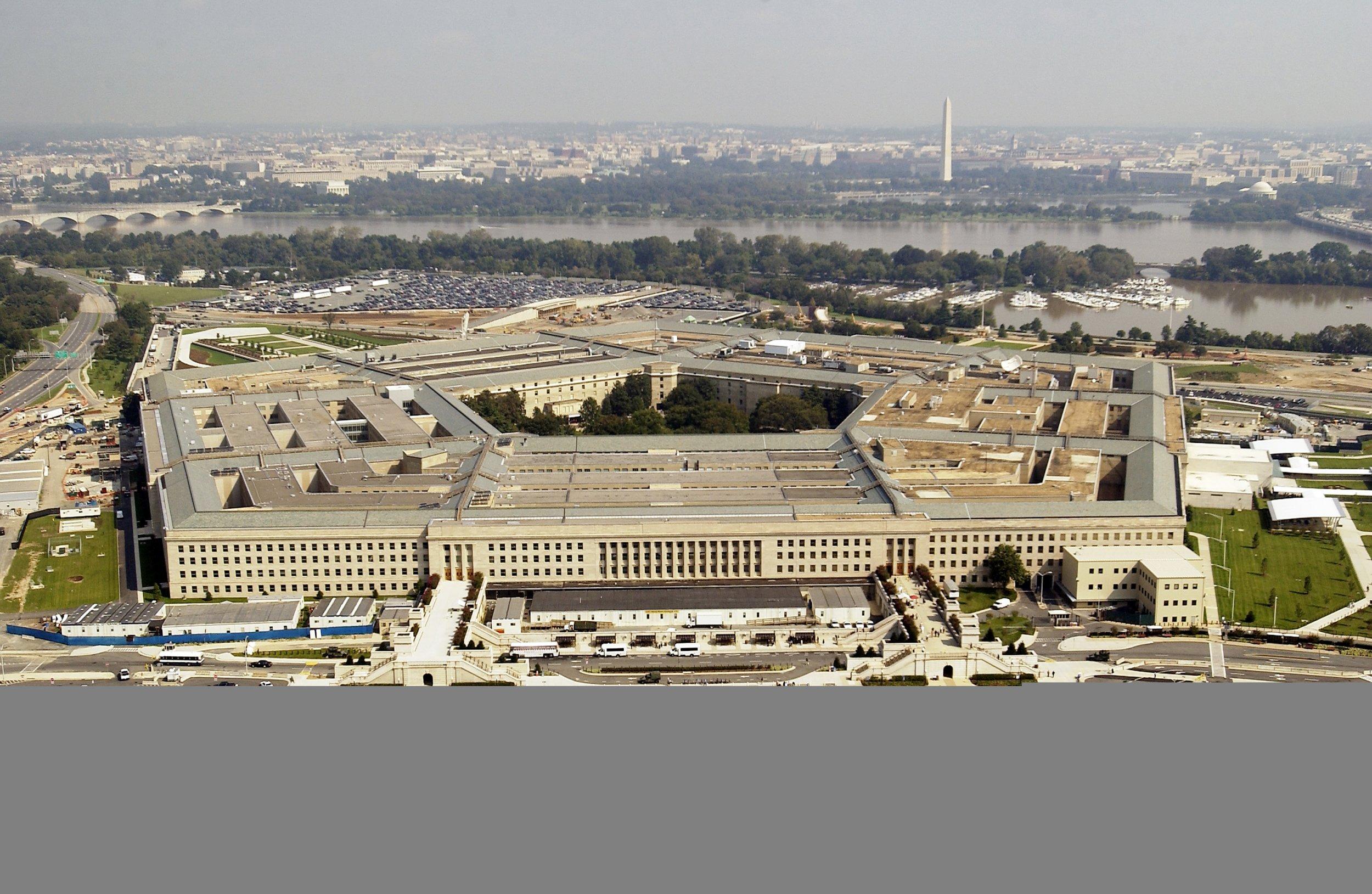 11_07_Pentagon_DoD