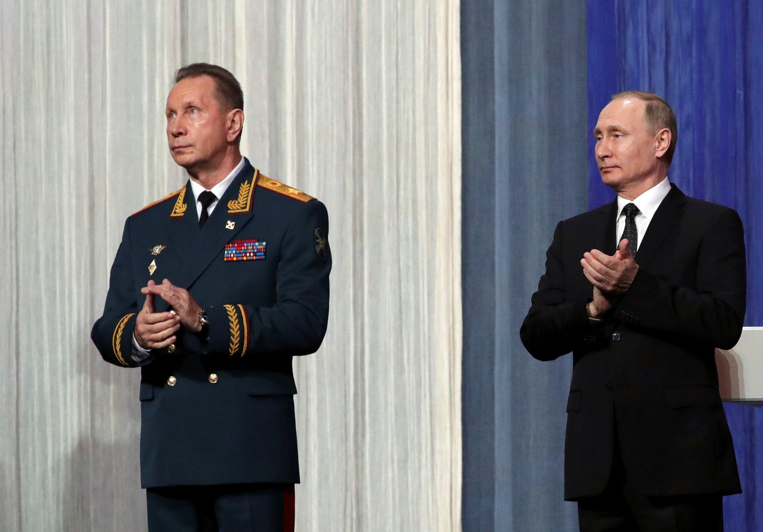 11_07_Putin_national_guard