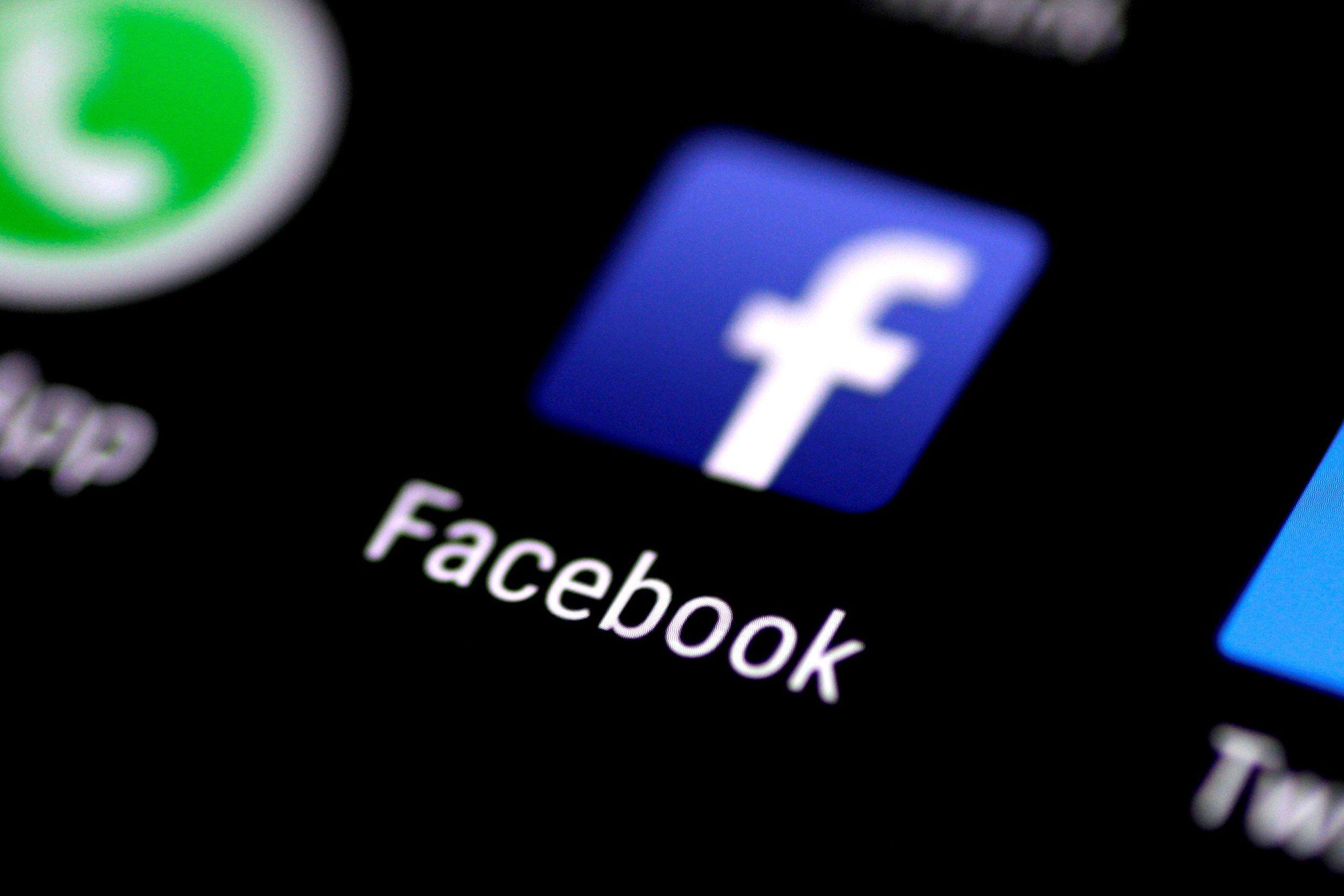 Facebook revenge porn naked images