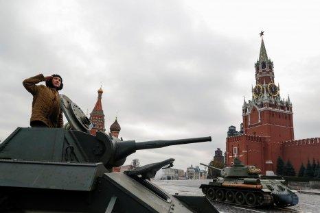 11_08_Russian_tanks