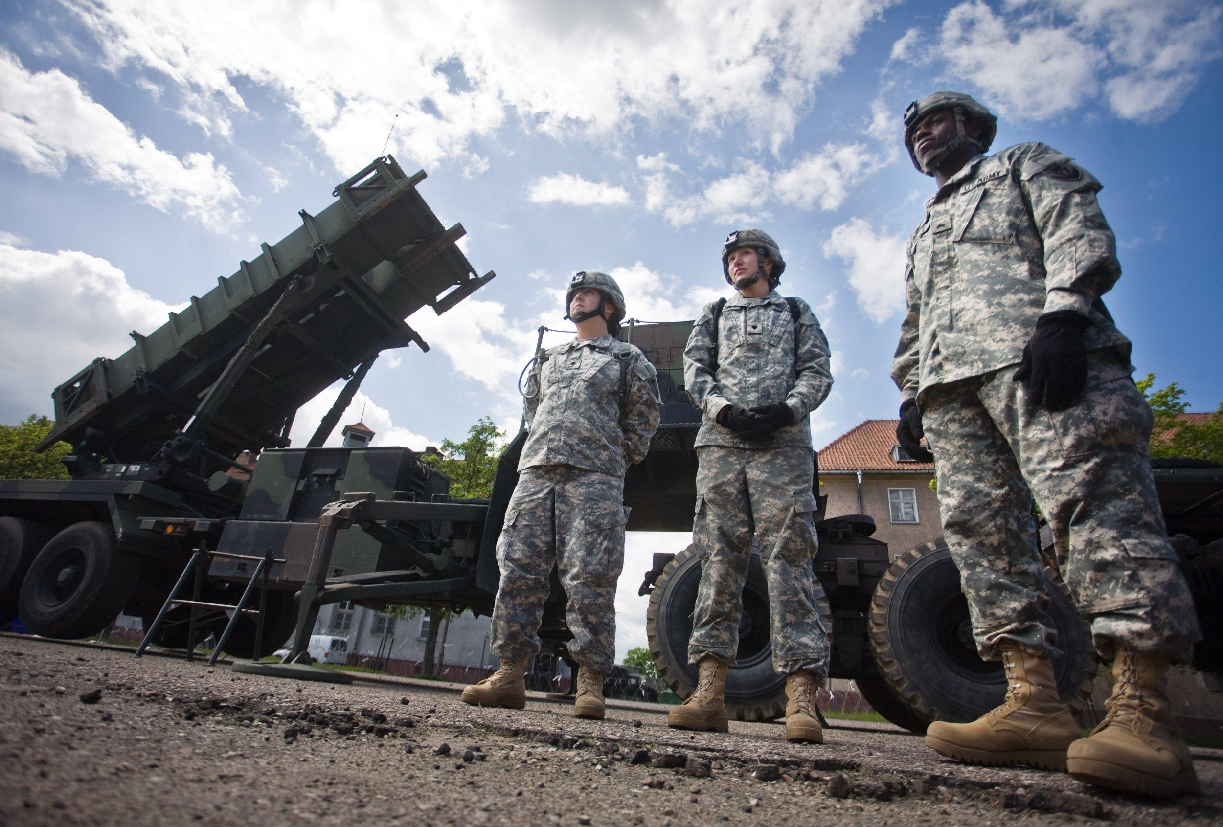 11_08_US_military_Europe_Russia