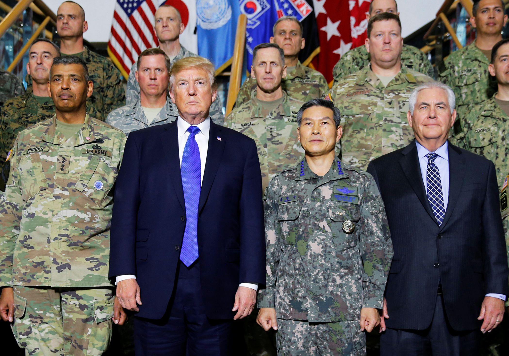 11_9_Trump_USFK