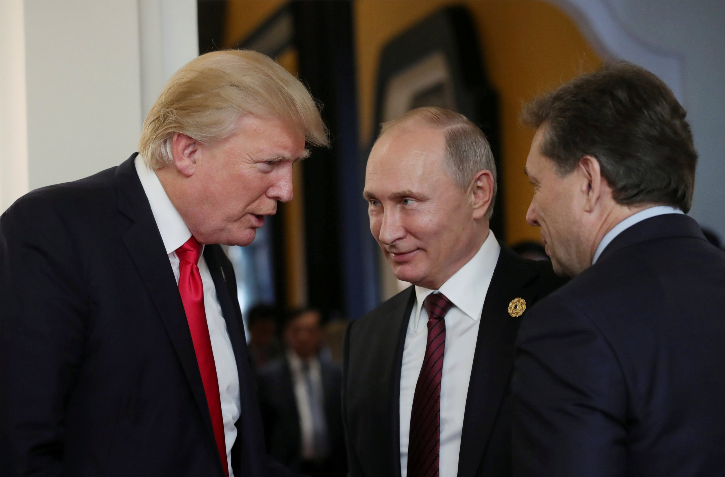 '11_13_Trump_Putin' from the web at 'http://s.newsweek.com/sites/www.newsweek.com/files/styles/thumbnail/public/2017/11/13/1113trumpputin.jpg'