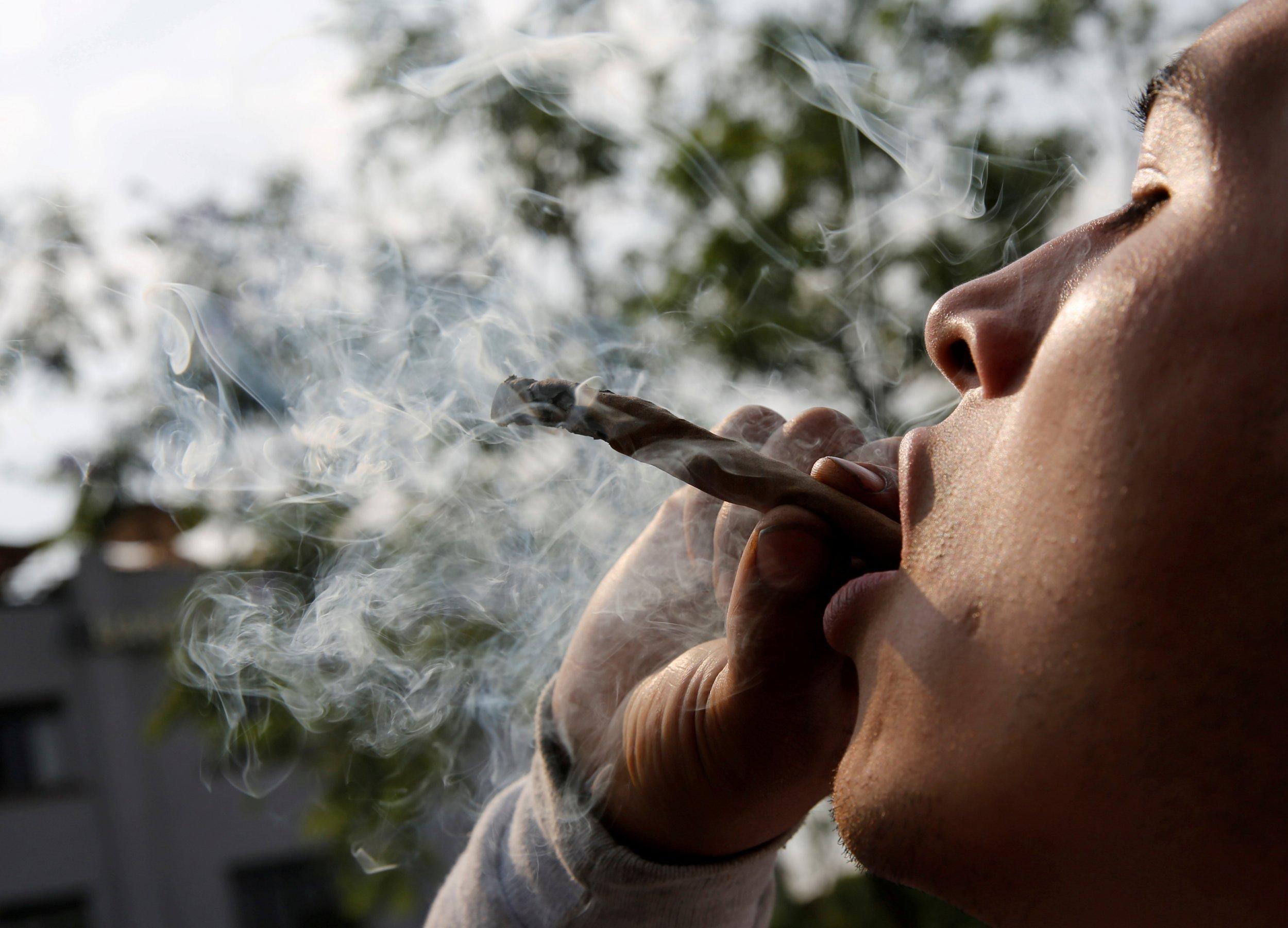 11_14_marijuana_craftbeer