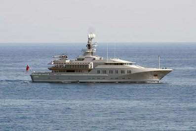 11_14_Superyacht