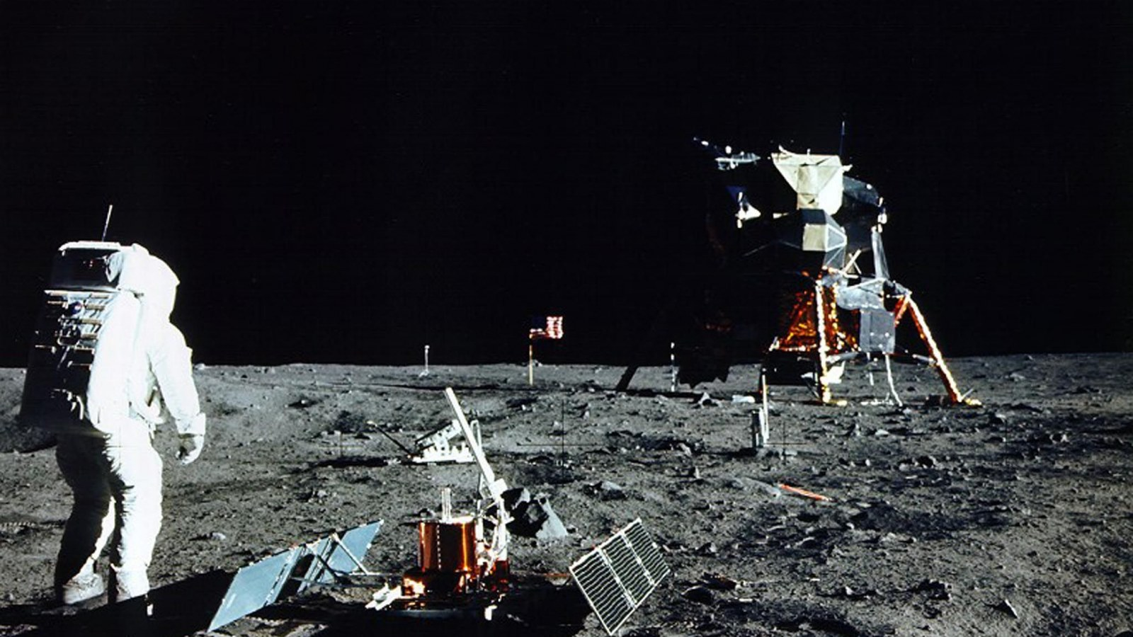 Fake' Apollo Moon Landing Photo Claims to Show Proof the Mission Was