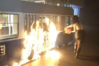 11_15_Fire_protest