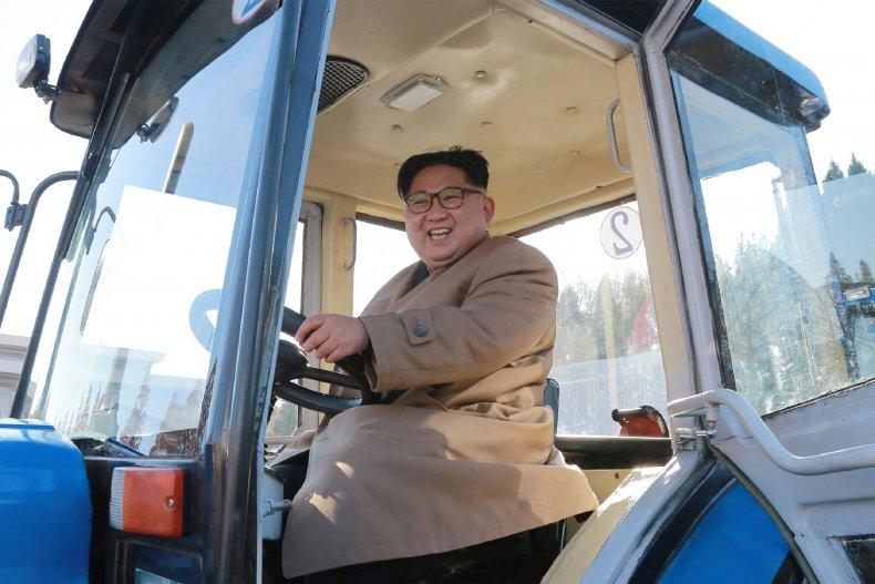 11_15_Kim_Jong_Un_tractor