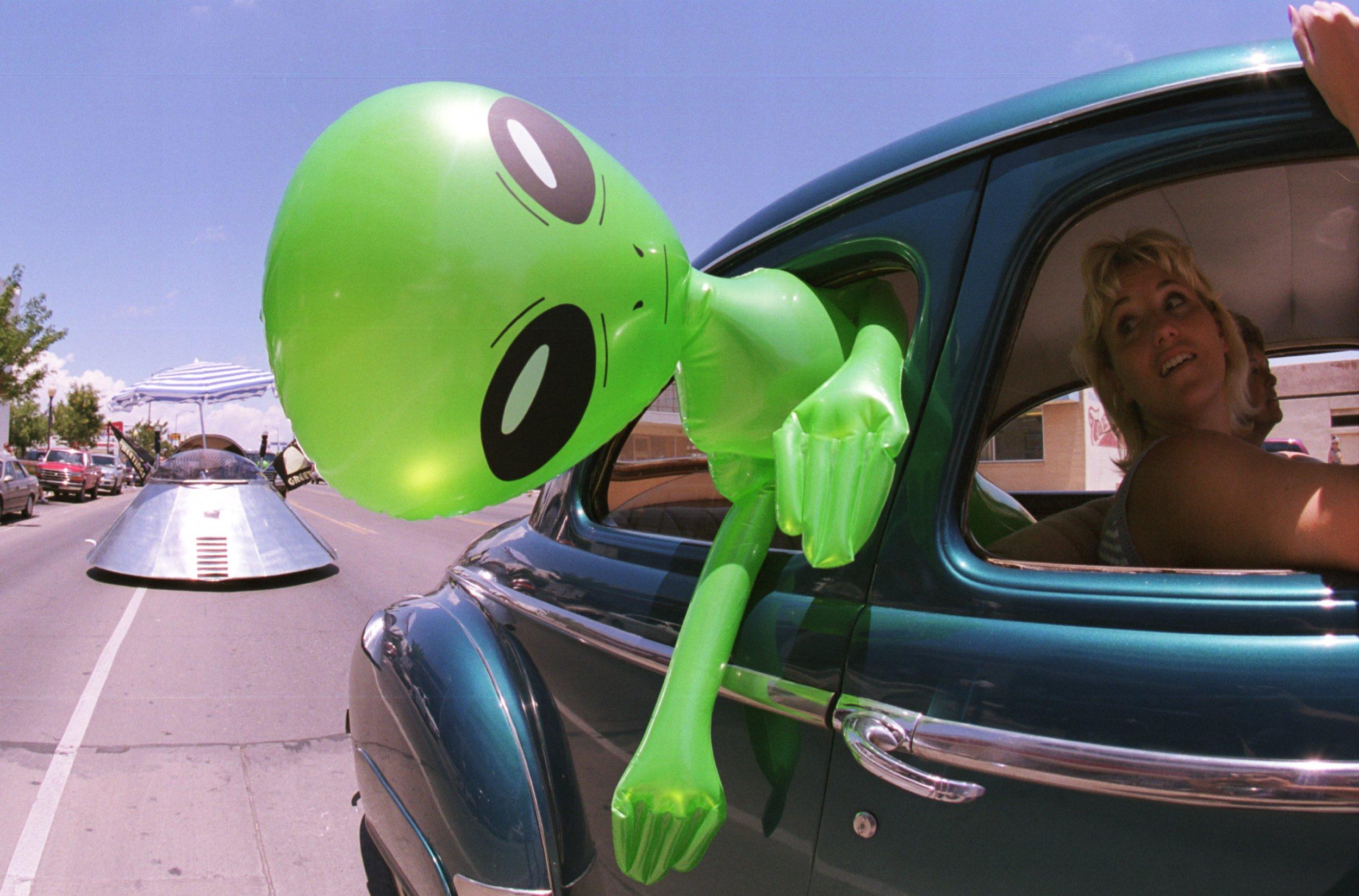 arizona fireball alien