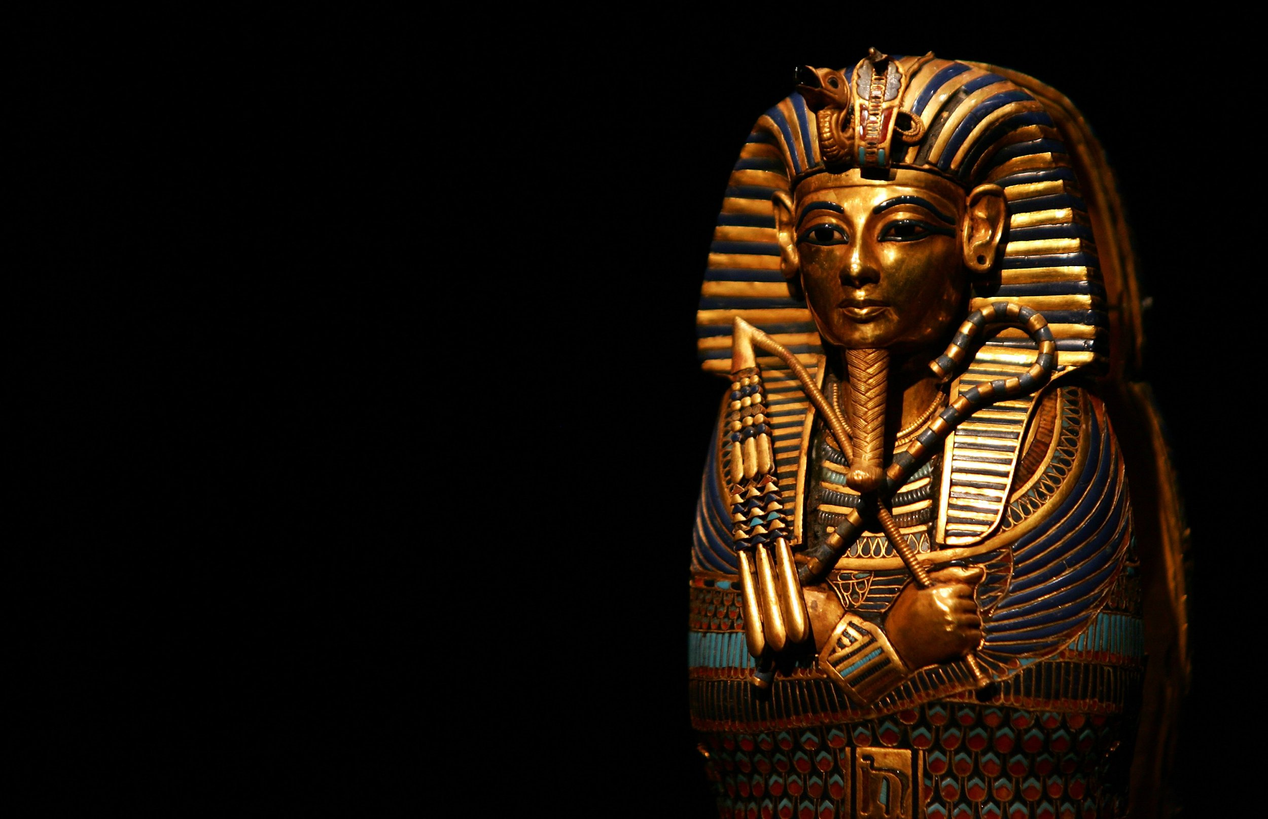 Ancient Egyptian Artifacts From King Tut's Tomb Shown for First Time After Being Locked Away for 95 Years