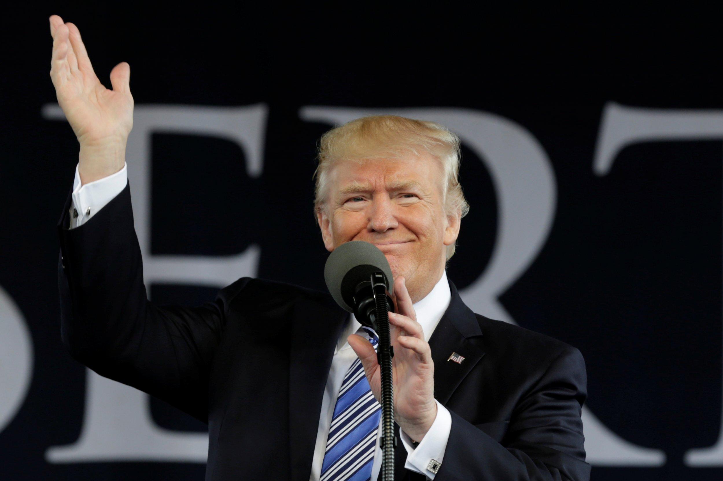 11_16_TrumpU