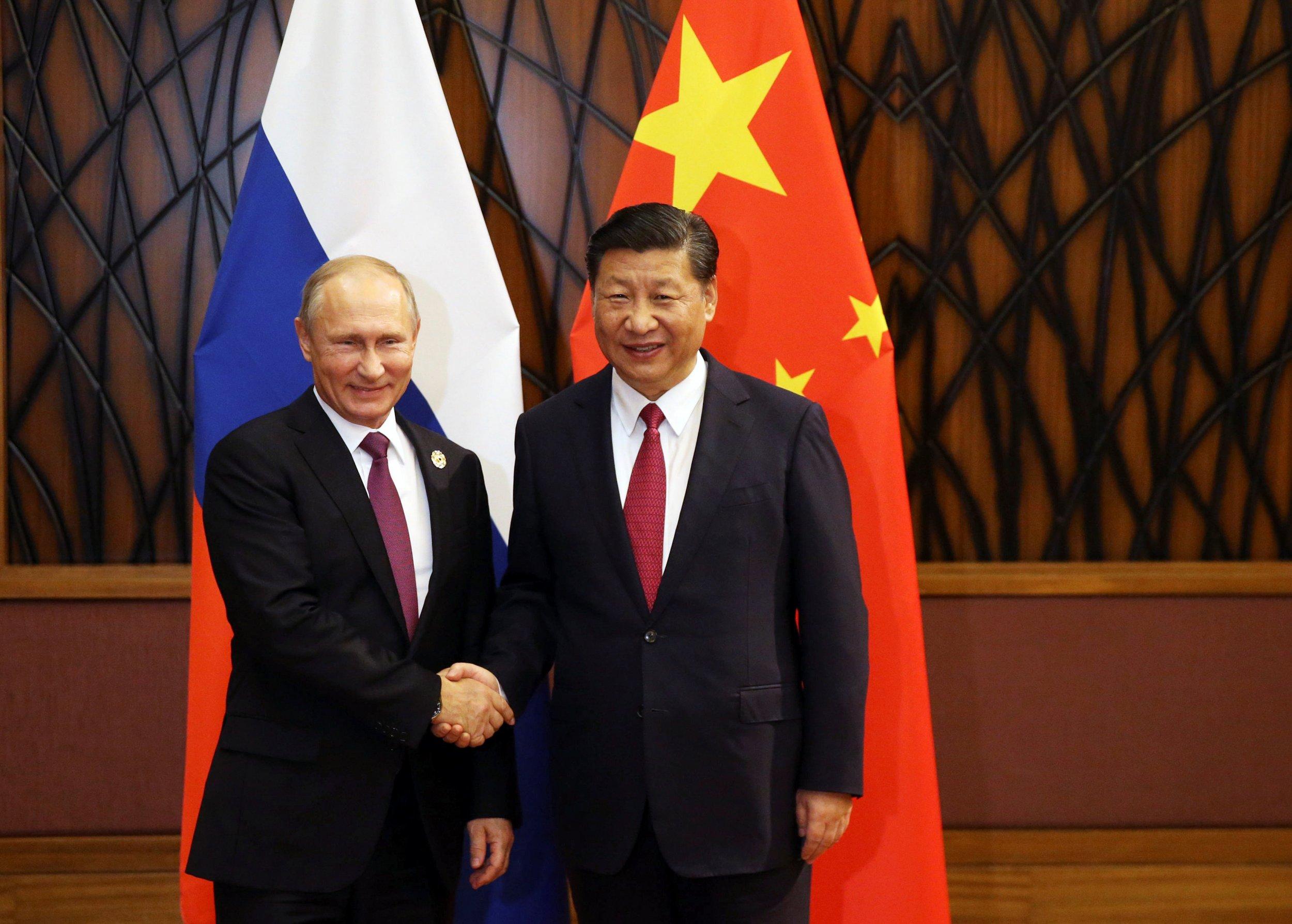 НАТО: в  связи с переходом центра  глобальной  мощи   от Запада к Востоку, война Соединённых Штатов с Россией и Китаем  становится   более  вероятной