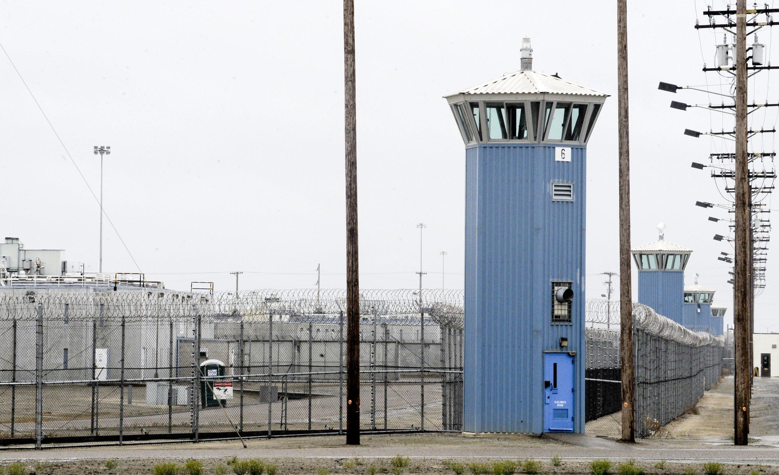 11_22_Charles_Manson_prison