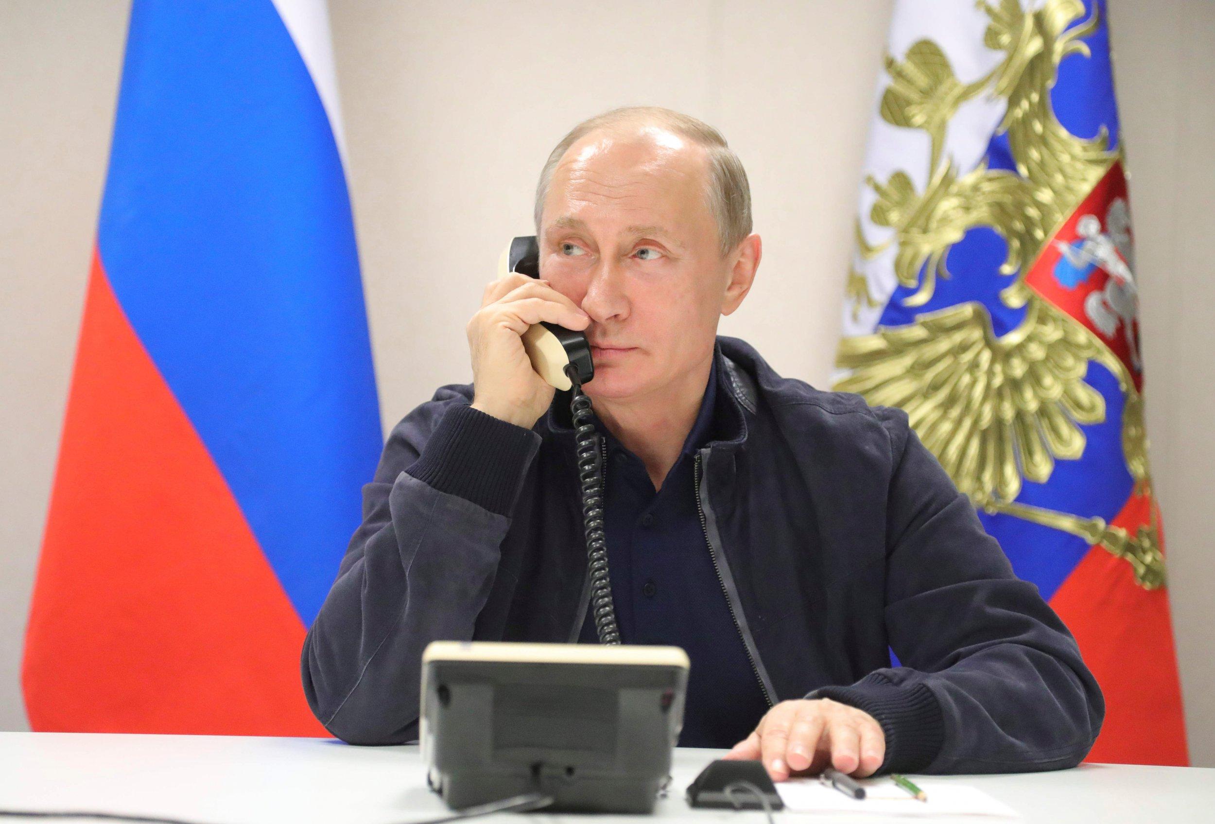 11_21_Putin_call