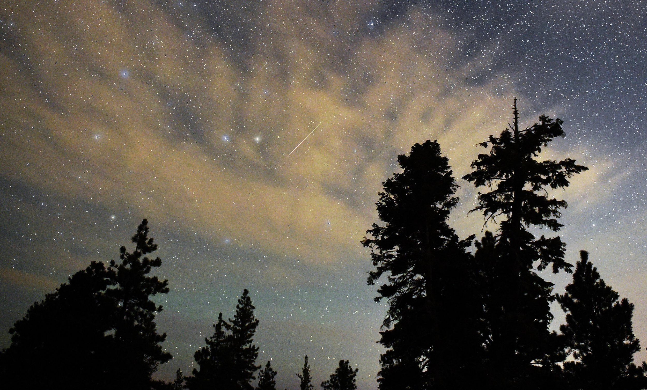 11_21_meteor_shower