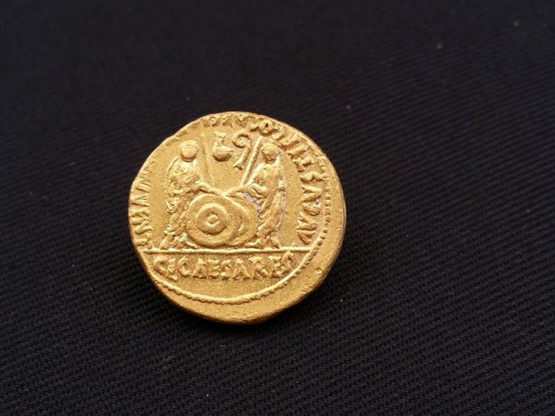 11_21_Roman_Coin