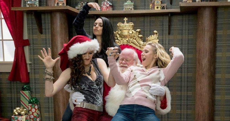 A-Bad-Moms-Christmas