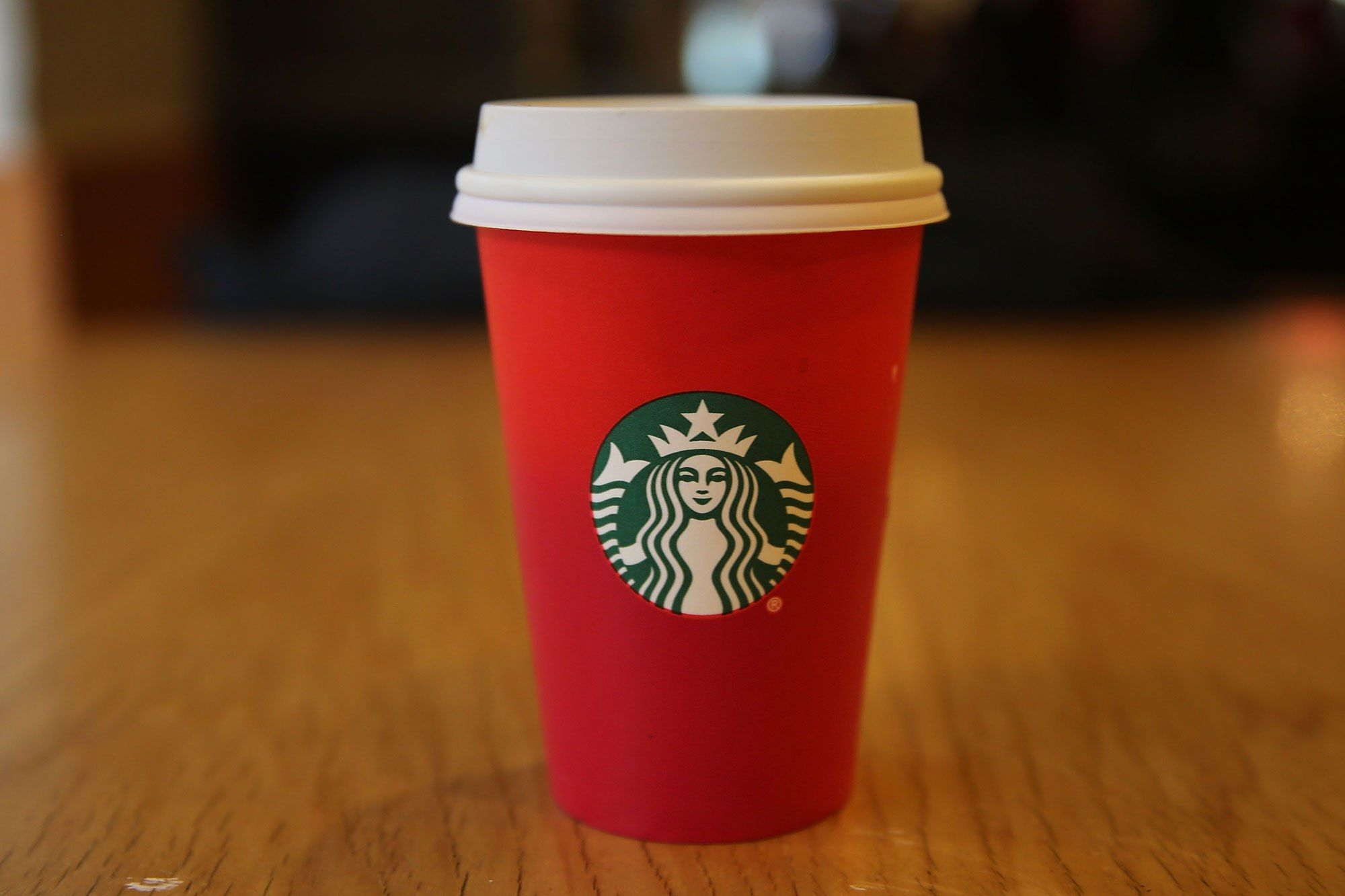 Starbucks Christmas Cups.Starbucks Continues So Called War On Christmas With