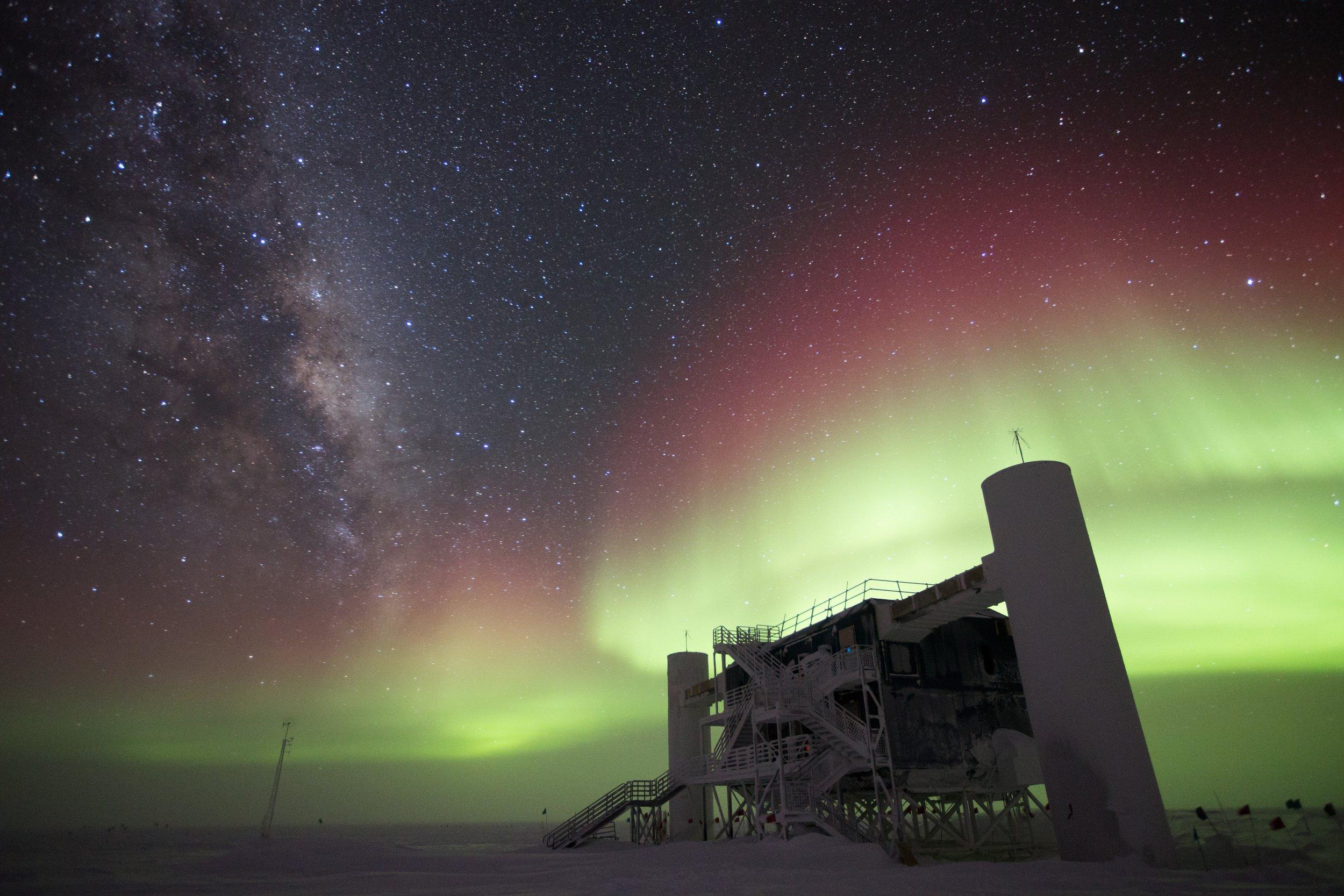 11_22_icecube neutrino