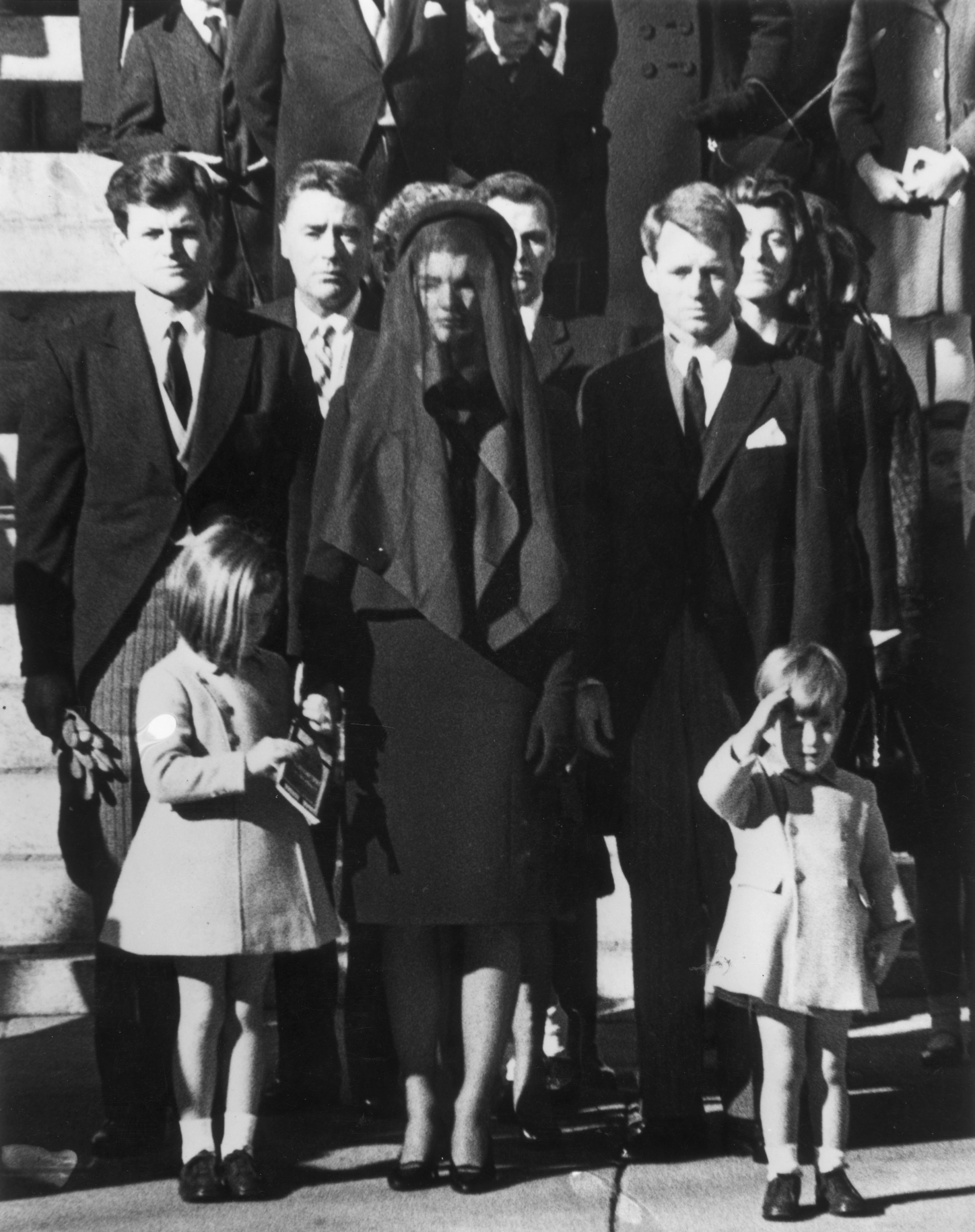 a6f1bea6bd50d JFK Assassination Photos From the Day the President Was Killed and ...