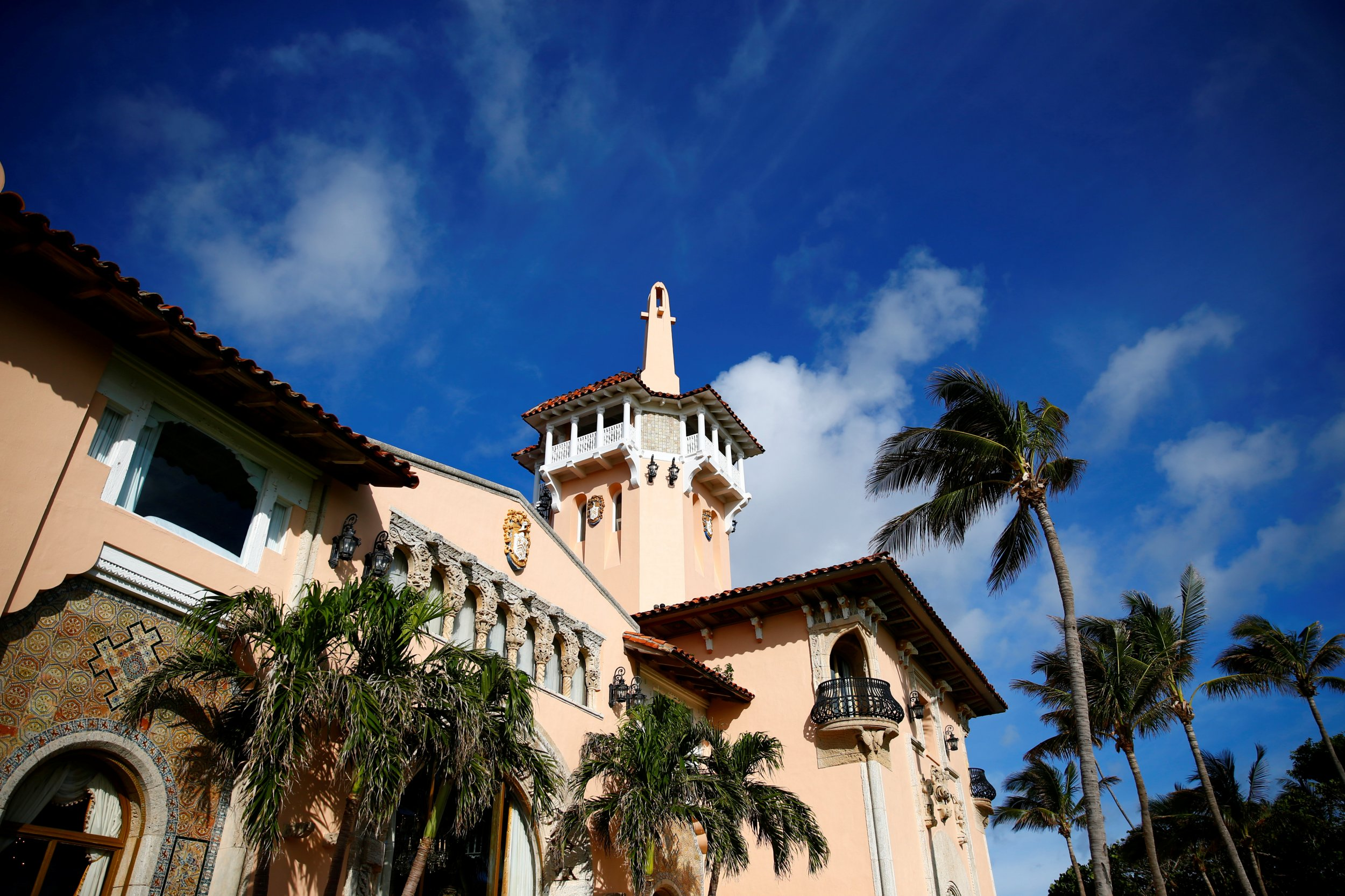 Trump's First Presidential Thanksgiving at Mar-a-Lago Will ...