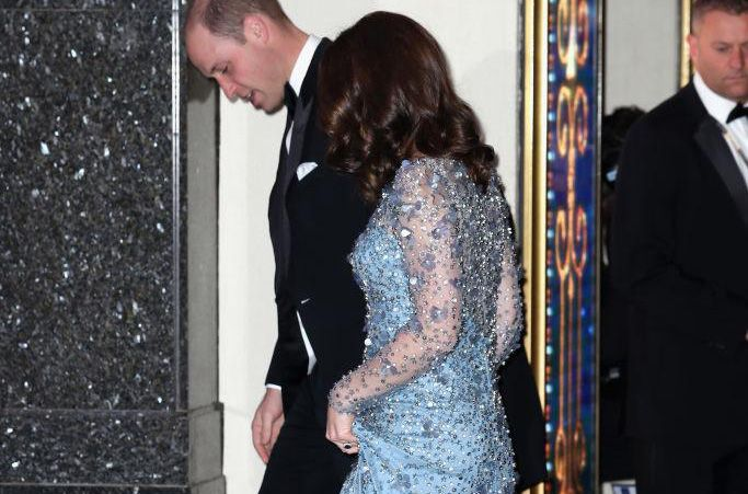 0c7afb31a7f Pregnant Kate Middleton Attends Royal Variety Show in Ice Blue Jenny ...