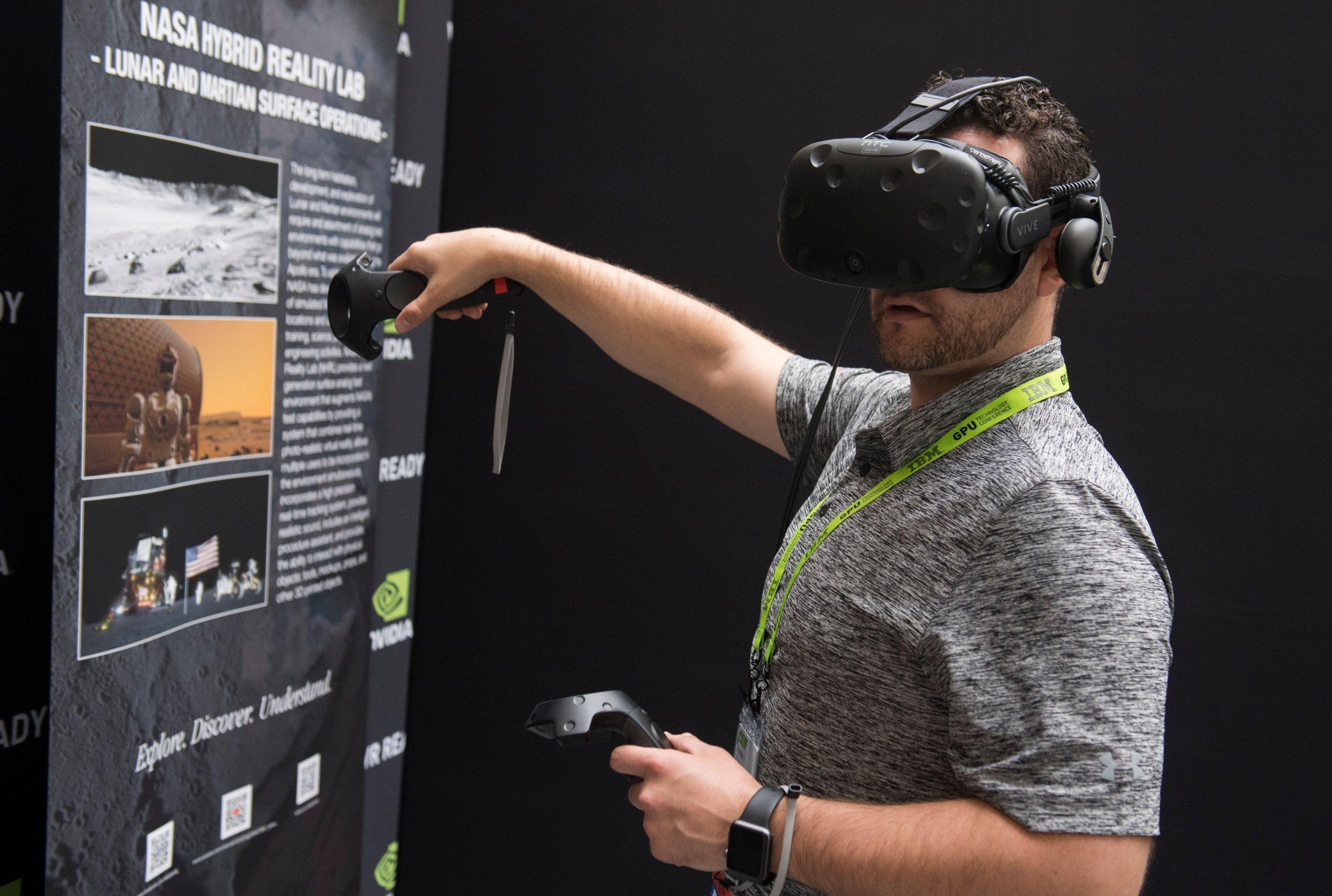11_25_NASA virtual reality
