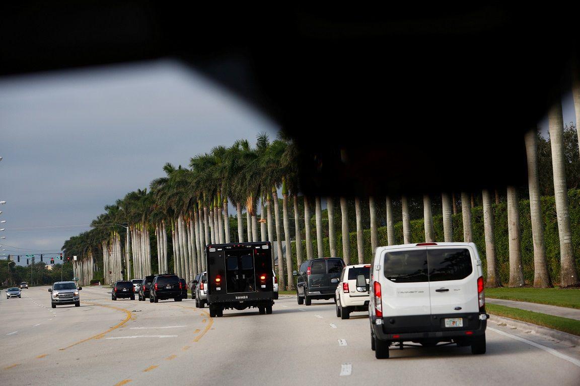 president donald trump motorcade van