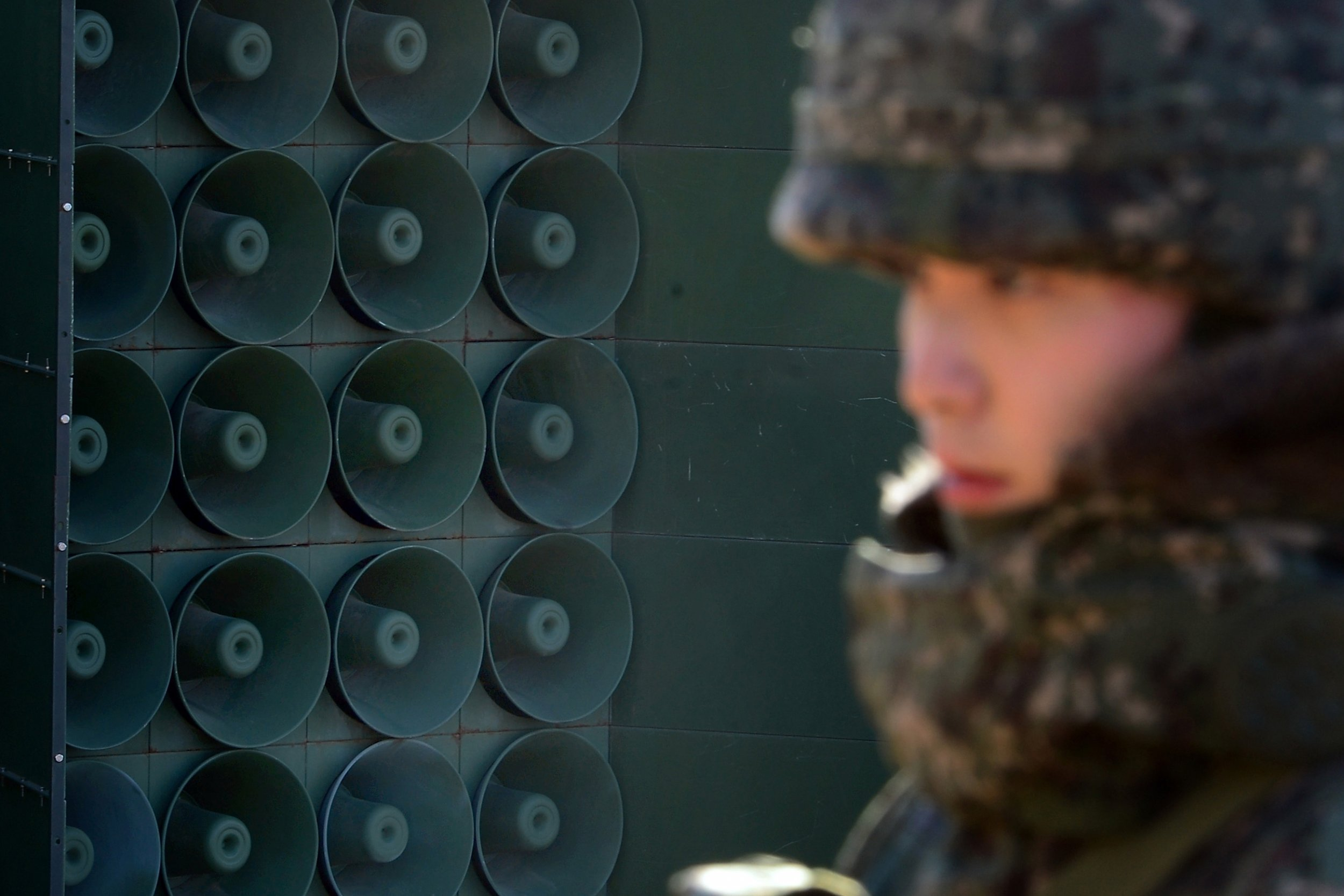 11_27_South Korea_loudspeakers