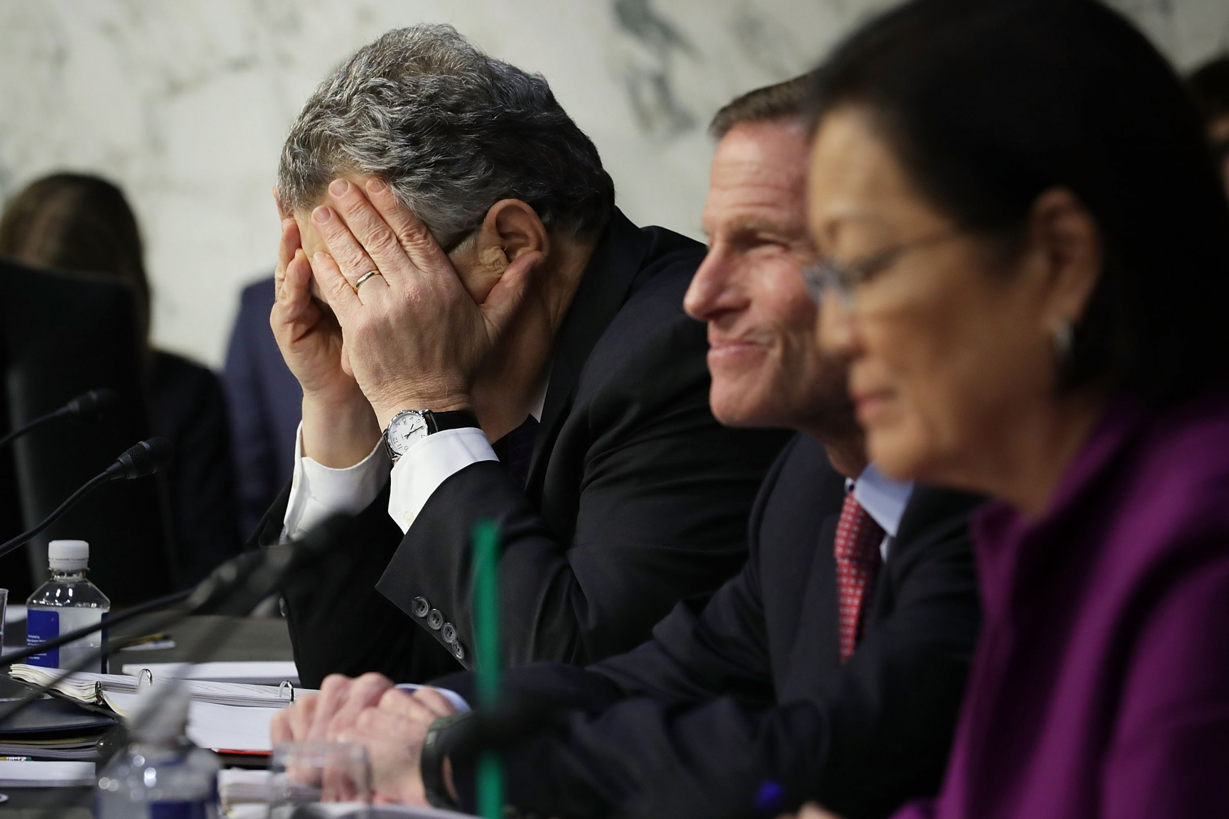 Lindsay Menz Al Franken Photo >> Al Franken 'Can't Say' He Didn't Grope Women In 'Crowded Chaotic Situations'