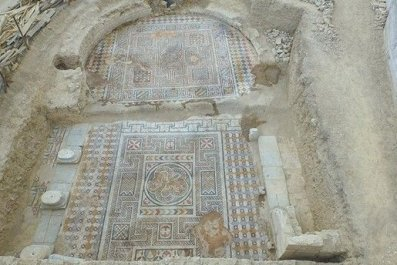 645x344-ancient-roman-gymnasium-discovered-in-southwest-turkey-1511685802776