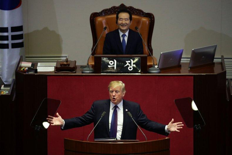 11_28_Donald_Trump_South_Korea